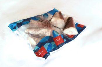 Colas de merluza austral congeladas para tiendas y horeca